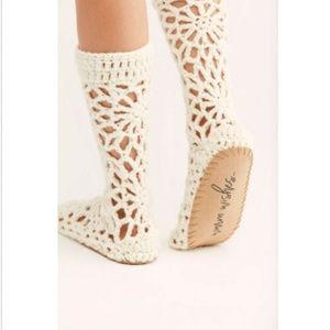 Free People Crochet White Slouchy Slipper shoe NWT